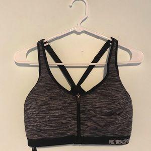 zip up sports bra